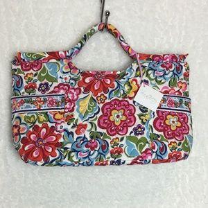 VERA BRADLEY Gabby Handbag in Hope Garden